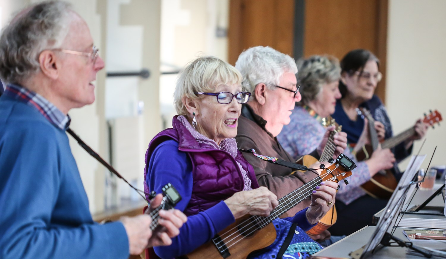 Ukulele classes at The Avenue Club, Kew